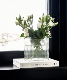 Lovely Flowers Vase Riviera Maison